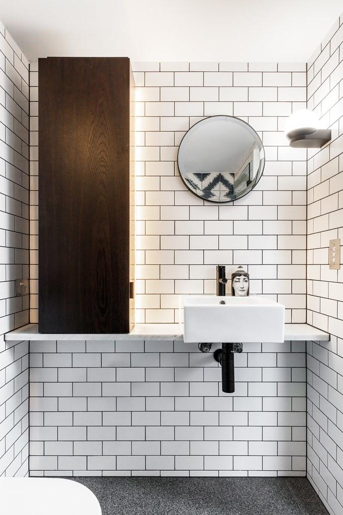 "In the bathroom, AstraWalker tapware and basin. Custom mirror and Delta Light 'Tweeter' wall light from [Inlite](http://www.inlite.com.au/|target=""_blank""|rel=""nofollow"")."