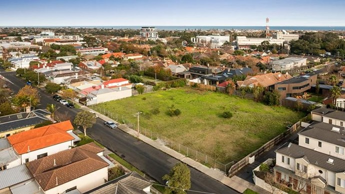 "[46 Regent Street, Elsternwick](https://www.domain.com.au/property-profile/46-regent-street-elsternwick-vic-3185 target=""_blank"" rel=""nofollow""), will host the 2017 series of *The Block*."