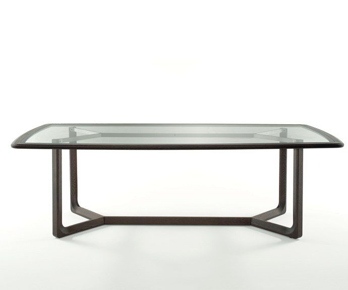 Amber dining table in walnut, by Jamie Durie for Natuzzi.