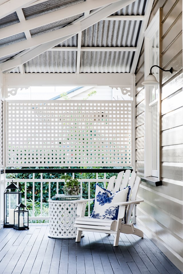 """At this [renovated worker's cottage](https://www.homestolove.com.au/luxurious-renovation-of-an-old-timber-workers-cottage-5159