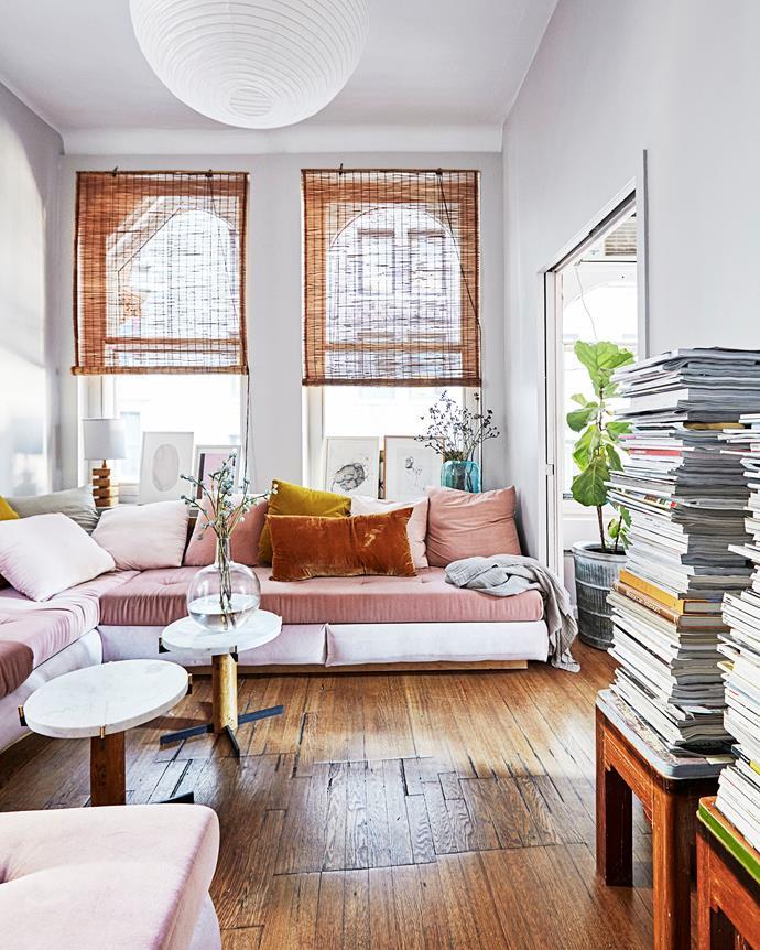 "Check out this [feminine bohemian style loft in Manhattan](http://www.homestolove.com.au/a-classic-new-york-loft-apartment-4267|target=""_blank""). *Photo:  Birgitta Wolfgang Drejer / Sisters Agency*"