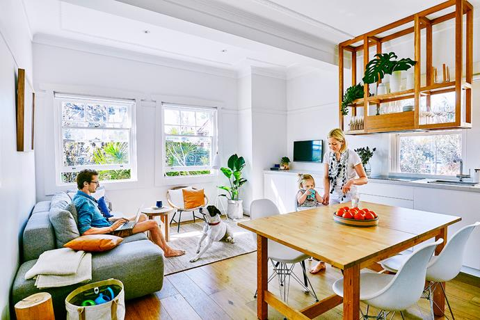 """[Floating engineered-oak floorboards](http://www.homestolove.com.au/how-to-install-floating-floorboards-3464