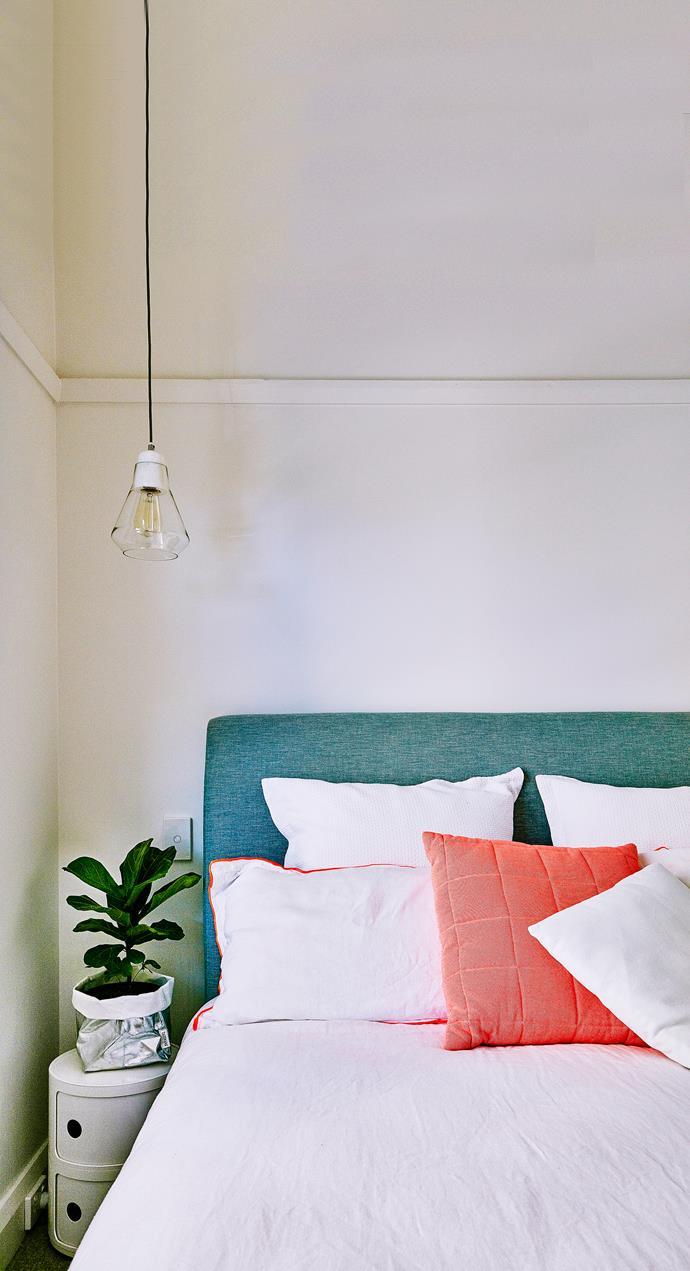 "Ando pendants from [Beacon Lighting](http://www.beaconlighting.com.au/|target=""_blank""|rel=""nofollow"") provide bedside illumination."
