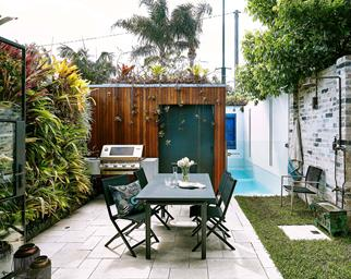 small courtyard design