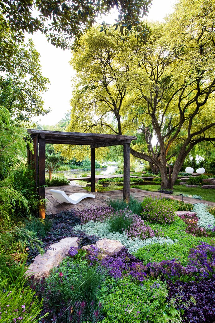 Like all structures in this garden, the pavilion was made from old rail sleepers.