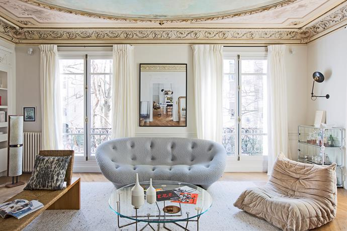 "With its high, frescoed ceilings and inherited features, the owners of this [fantastique Paris apartment](http://www.homestolove.com.au/fantastique-paris-apartment-4299|target=""_blank"") have put a modern and refreshing spin on classic French design by introducing designer furniture and contemporary finishes into a heritage setting. Photo: Helenio Barbetta/ Living Inside 