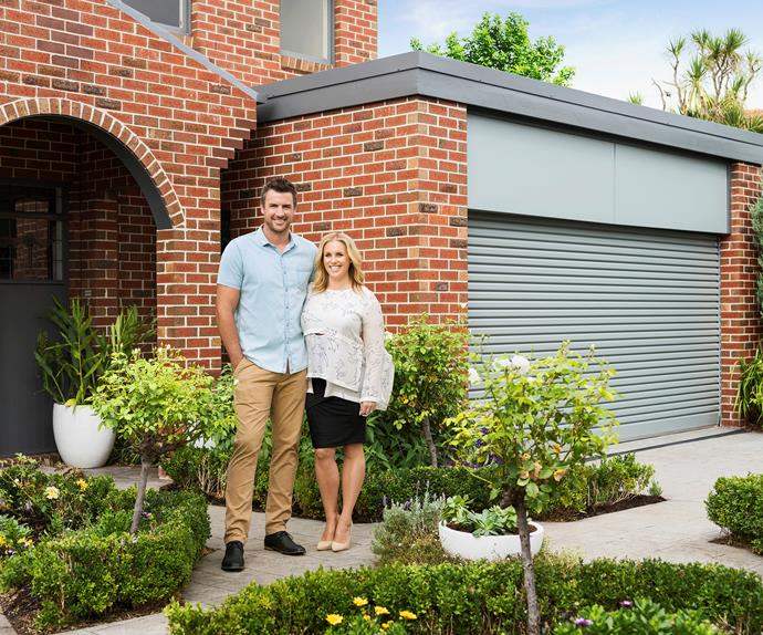 dea and darren garage door