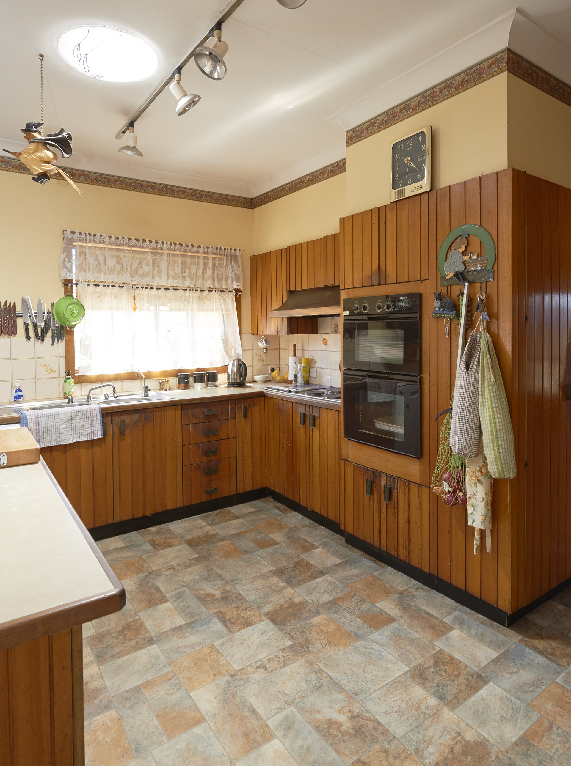 The 5 Secrets Of Budget Kitchen Renovating Homes To Love
