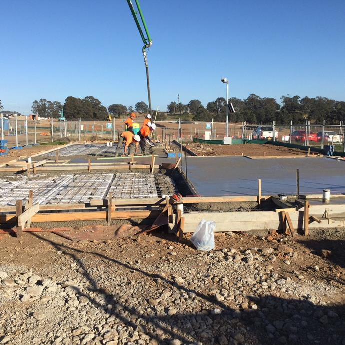 """**AUGUST 21, 2017: THE SLAB IS CURING** <br><br>  The high winds that hit Sydney last week didn't hamper the pouring of the concrete slab for My Ideal House at Crest by Mirvac. """"Everything went smoothly and well,"""" says Rod Petre, NSW Operations Manager for Mirvac. """"We had everything done before the winds really picked up.""""  <br><br>  At present the concrete slab is curing nicely, so by Wednesday external drainage can be put in place. This task takes about two days to complete, says Rod, and then on Friday the electrical lead-in work will be carried out.  <br><br>  The next major step in the My Ideal House construction happens next Monday. """"We'll spend a few days getting the frame up. It's the moment when the house starts to take shape - but really, it's just the beginning of the process. There's a very long way to go yet!"""""""