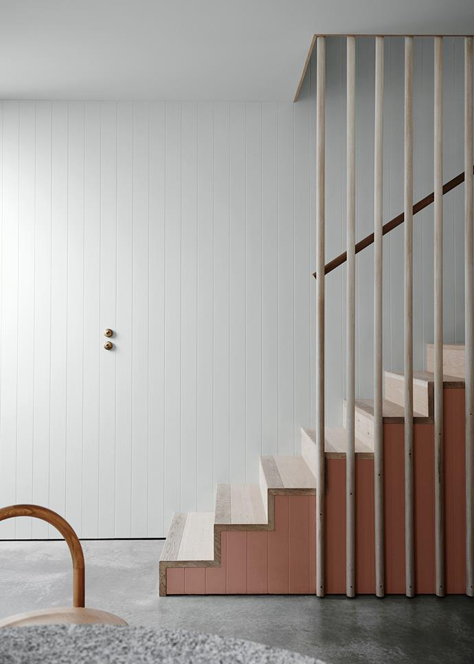 Wall and Ceiling – Dulux Terrace White | Stair Detail – Dulux Clay Court. *Dulux Colour Trends 2018 – Essential Palette. Styled by Bree Leech. Photographer: Lisa Cohen*