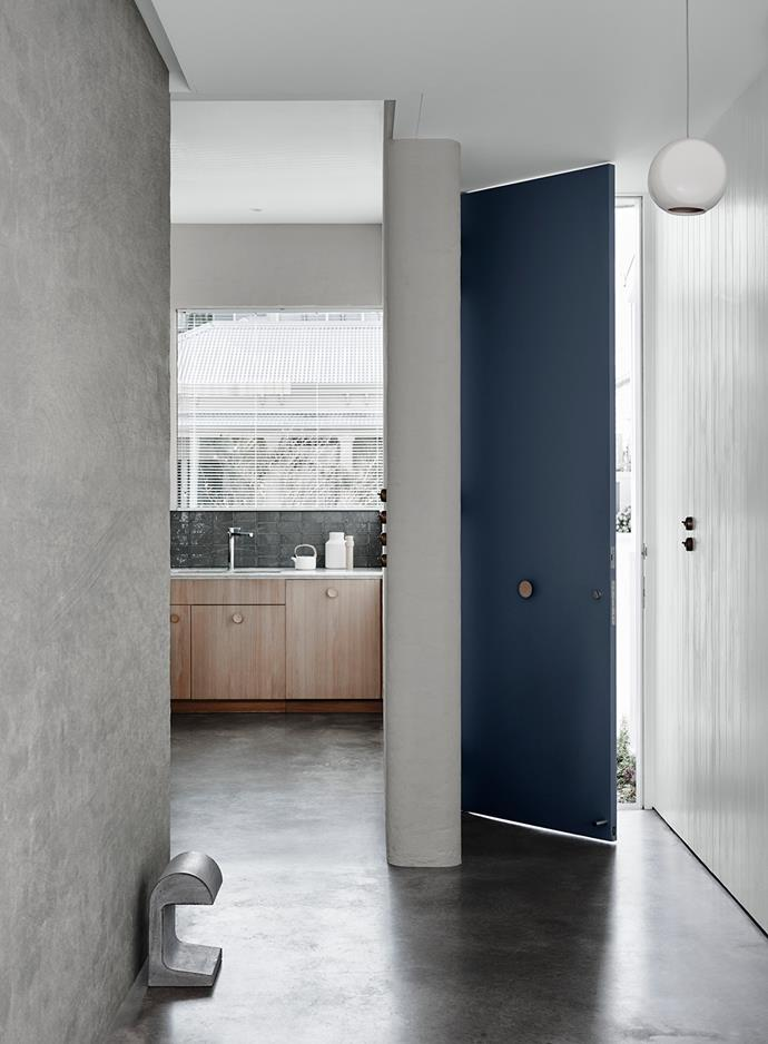 Kitchen Wall – Dulux Dieskau | Left Wall – Dulux Suede Effect in Century Mist | Door – Dulux Noble Blue | Right Wall and Ceiling – Dulux Terrace White. *Dulux Colour Trends 2018 – Essential Palette. Styled by Bree Leech. Photographer: Lisa Cohen*