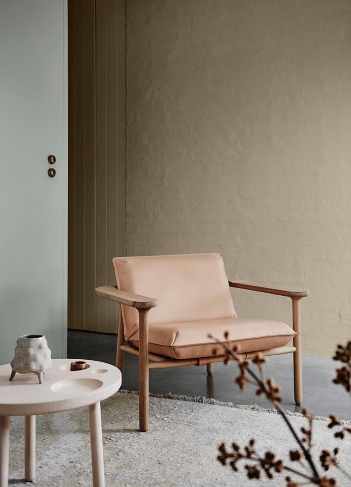 Wall (Left) – Dulux Spanish Olive | Wall (Rear) – Dulux Gnu Tan. *Dulux Colour Trends 2018 – Essential Palette. Styled by Bree Leech. Photographer: Lisa Cohen*