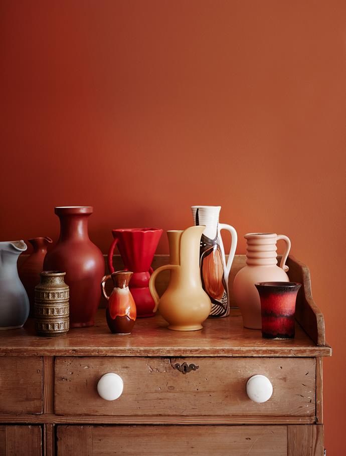 Wall – Dulux Very Terracotta. *Dulux Colour Trends 2018 – Kinship Palette. Styled by Bree Leech. Photographer: Lisa Cohen*