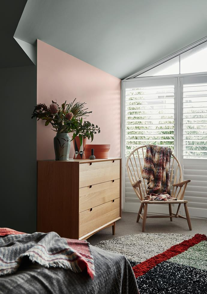 Wall and Ceiling – Dulux Hildegard | Wall Near Window – Dulux Maiko. *Dulux Colour Trends 2018 – Kinship Palette. Styled by Bree Leech. Photographer: Lisa Cohen*