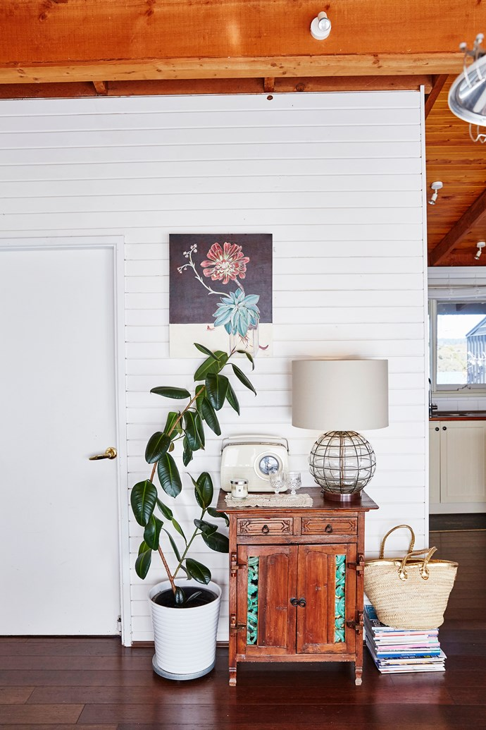 An eclectic gathering of items here creates a functional and interesting vignette. Lamp fromFreedom; radio from Officeworks.