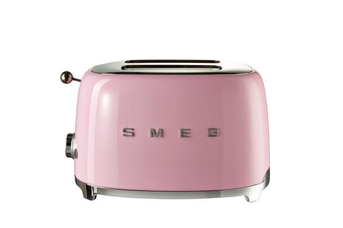 4 slice toaster, $199, [David Jones](http://rstyle.me/n/cr4vtfvs36).
