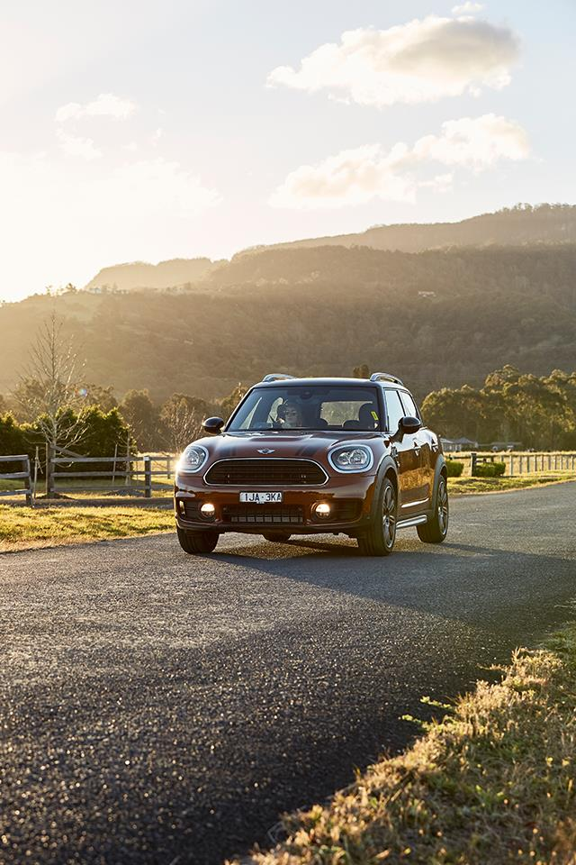 Take in Berry's picturesque countryside while en route in the MINI Countryman.