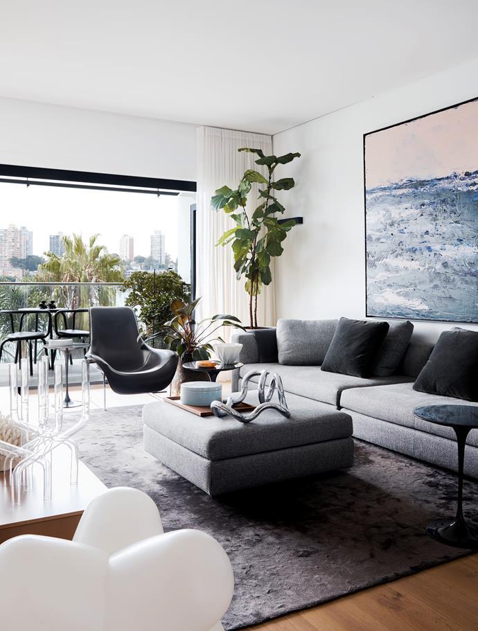 Minotti 'Kline' sofa, B&B Italia 'Mart' armchair and Knoll 'Saarinen' side table. Aaron Kinnane artwork. Ceramic box from Studio Miyabi.