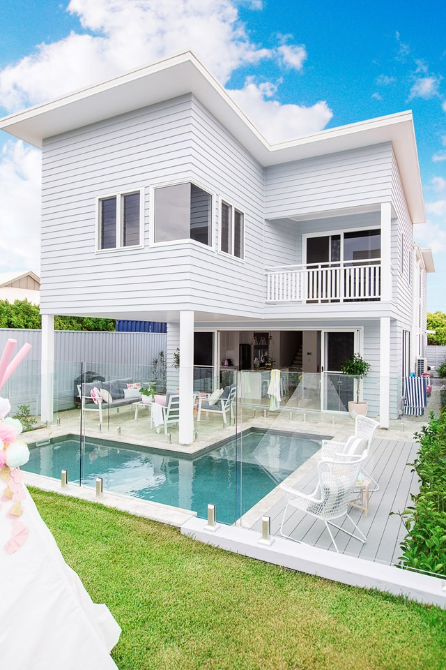 Channeling the Hamptons look means that weatherboard cladding is a must. *Photo: Elouise Van Riet-Gray*