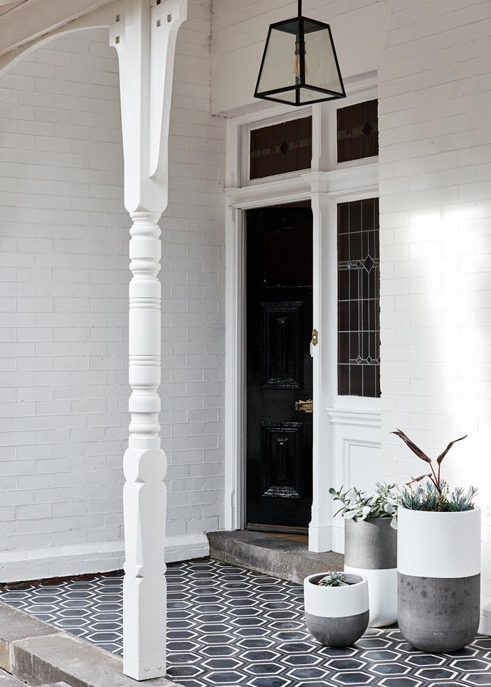 Popham Design 'Honeycomb Hex' tiles from Tiento Tiles make a statement on the verandah.