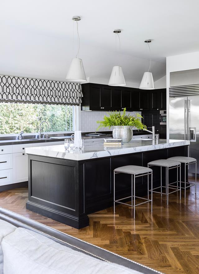 This colonial-style Queensland kitchen has a wonderful [indoor-outdoor feel](https://www.homestolove.com.au/colonial-style-queenslander-home-5720) thanks to a window splashback. <br><br>  *Photographer: Maree Homer / Australian House & Garden*