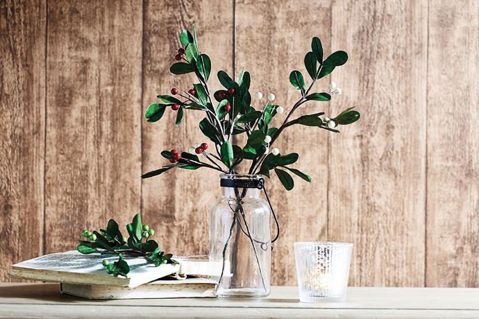 """Christmas sprays, like this red and white mistletoe, can be incorporated into any festive theme. <br><br> Traditional mistletoe stems available from [Bed Bath N' Table](http://www.bedbathntable.com.au/17929201