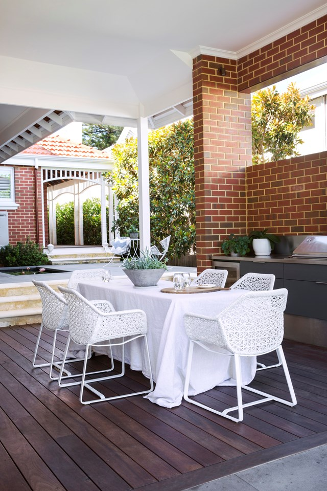 An outdoor room is a must in modern Australian homes. Photo: Leanne Cowie Interiors
