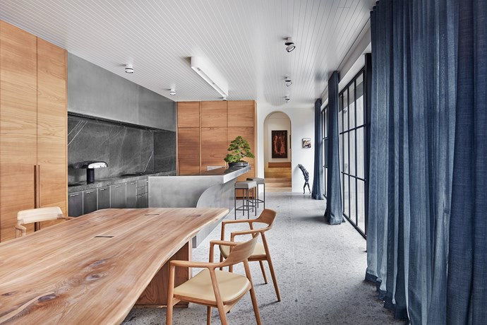 "**Kitchen Drama by [B.E Architecture](https://www.bearchitecture.com/|target=""_blank""
