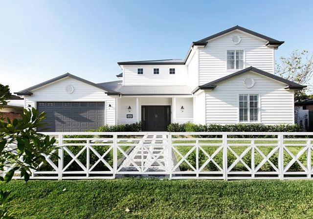 """A [Queensland weatherboard house](https://www.homestolove.com.au/weatherboard-house-combines-hamptons-style-with-hollywood-glamour-4966