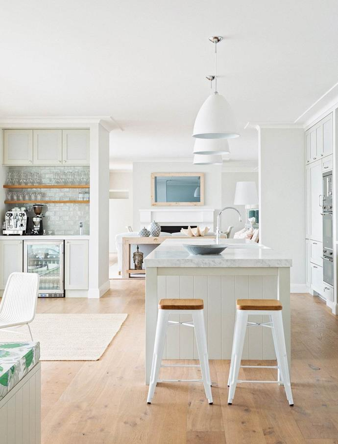 """The owner of this [beachfront house](https://www.homestolove.com.au/hamptons-style-beach-house-renovation-2380
