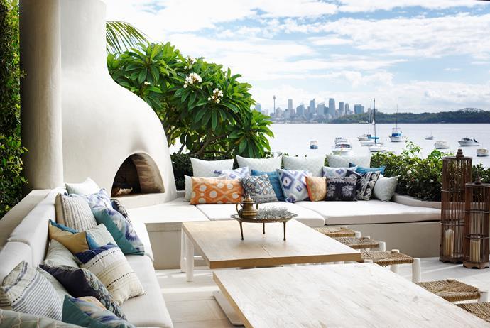 Sydney home by Walter Barda Design and Justine Hugh-Jones Design. Photograph by Nicholas Watt. From *Belle* August/September 2015.
