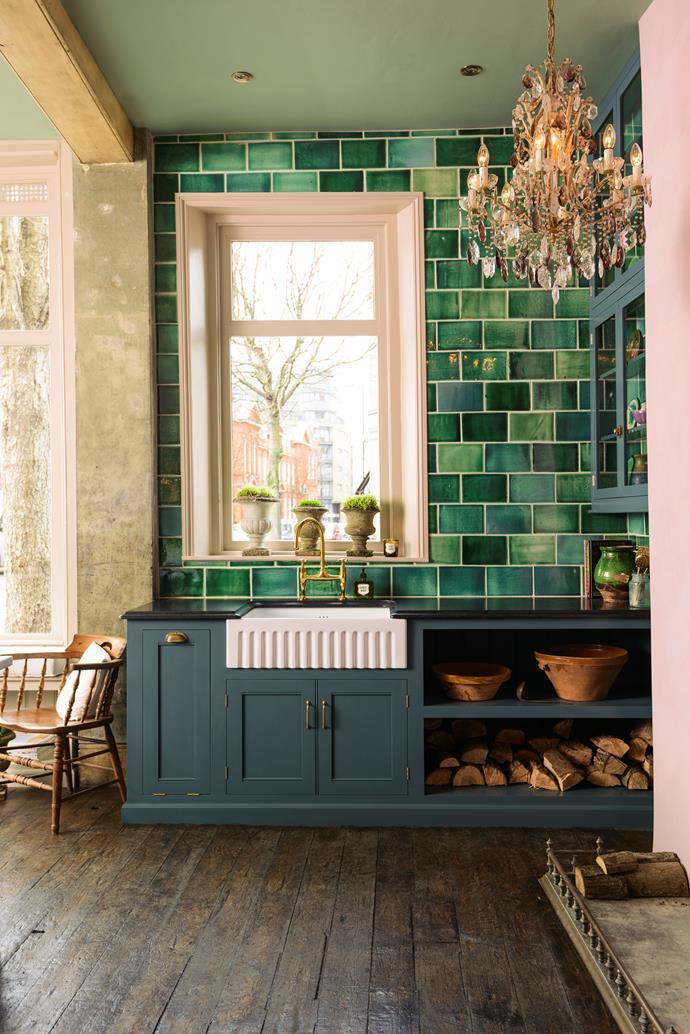 "Kitchen by deVol; [devolkitchens.co.uk](http://www.devolkitchens.co.uk/|target=""_blank""|rel=""nofollow"")"