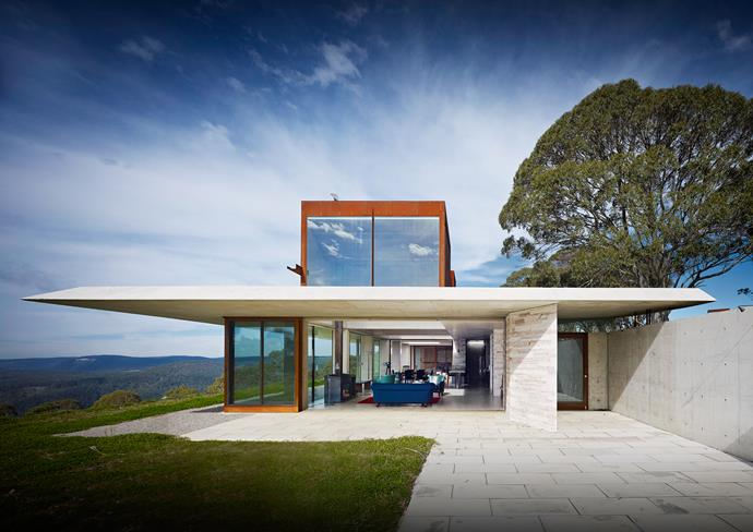 The Invisible House is a simple structure set in a fantastic Blue Mountains landscape.
