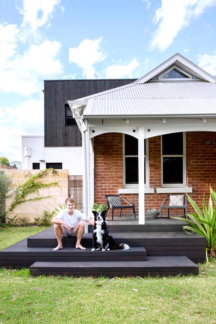 "Billie, the border collie/kelpie cross, enjoys the sunshine on the front steps of her [renovated 1920s Freemantle home](https://www.homestolove.com.au/1920s-home-renovation-6288|target=""_blank""). Photo: Angelita Bonetti / *Australian House & Garden*"