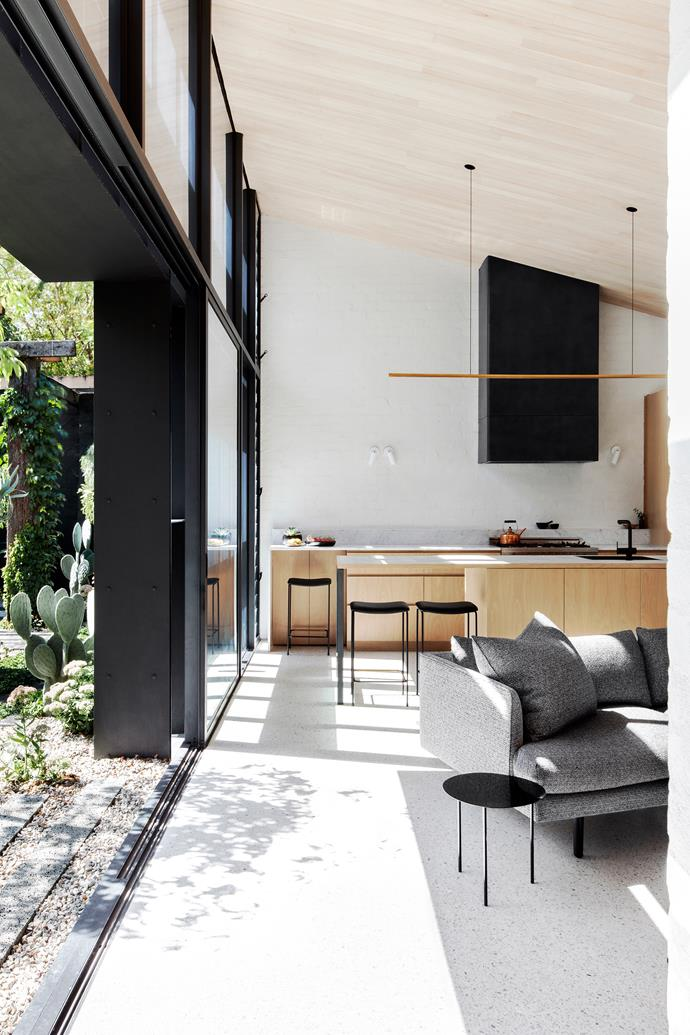 **Baffle House by Clare Cousins Architects - Melbourne, VIC.** There is a characteristic sculptural quality to Clare Cousins Architects' dark and sleek Baffle House. *Photography: Lisbeth Grosmann*
