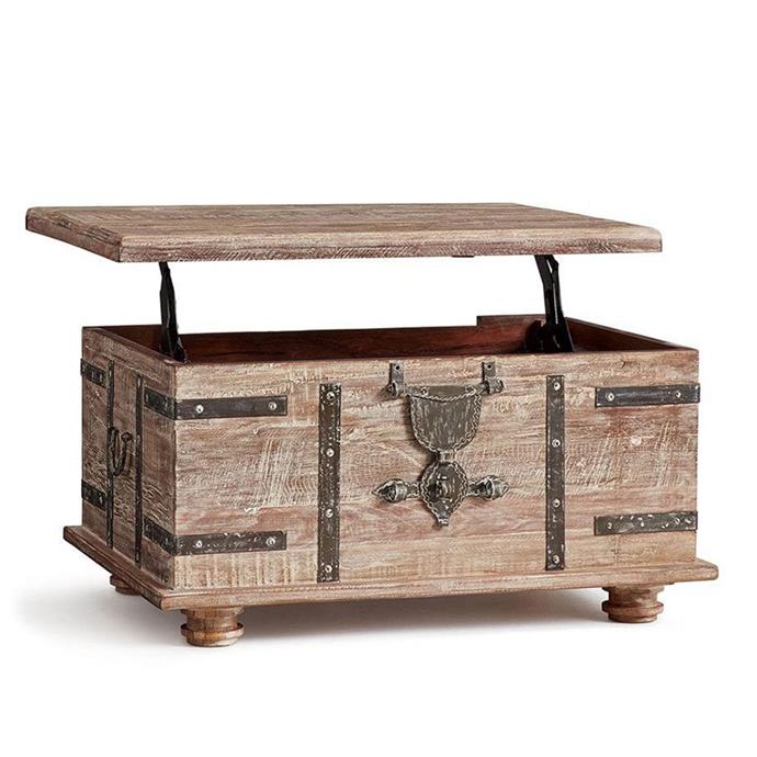 "**Trunks:** Kaplan Lift Trunk, $999-$1999 from [Pottery Barn](https://rstyle.me/n/cyxys5vs36|target=""_blank"")."