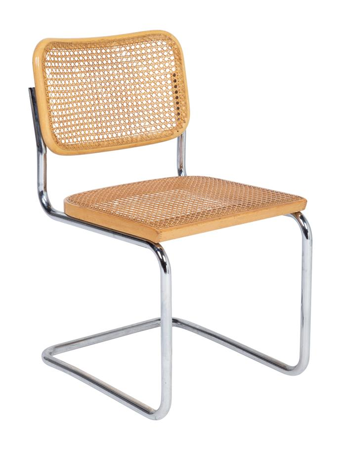 **Cantilevered dining chairs:** The iconic Cesca Chair by Marcel Breuer was a hot favourite.