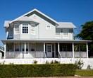 How to create a Hamptons style backyard