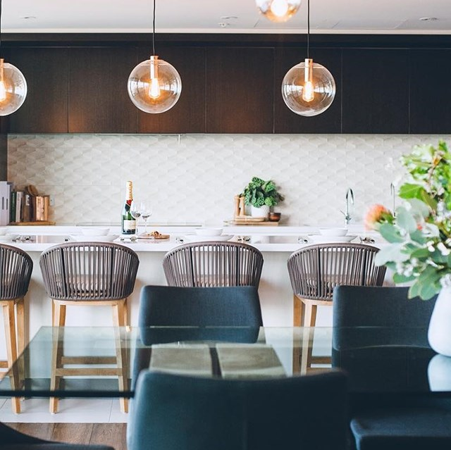 "Pendant lighting and greenery bring this dining and kitchen space to life. *Image: [@alisa_lysandra](https://www.instagram.com/alisa_lysandra/|target=""_blank""