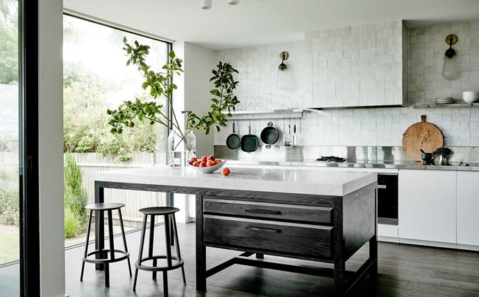 Sydney kitchen by Sarah Davison Interior Design. Photograph by Will Horner. From *Belle* April 2018.