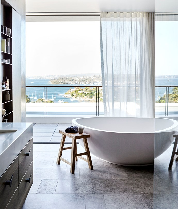 Sydney bathroom by Hare + Klein and Smith & Tzannes. Photograph by Jen Wilding. From *Belle* April 2018.