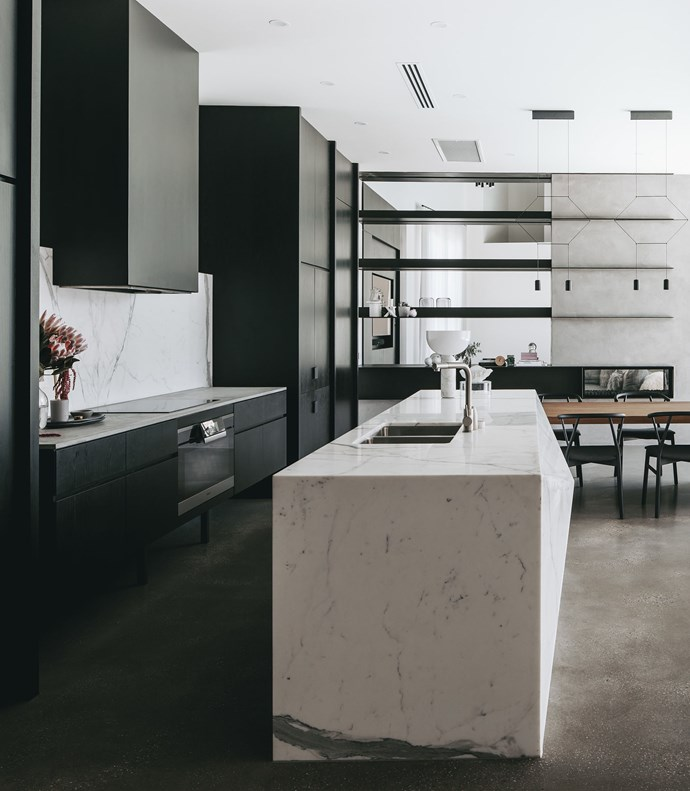 Adelaide kitchen by Williams Burton Leopardi. Faceted marble island bench by EMR Marble and Granite. Photograph by Christopher Morrison. From *Belle* April 2018.