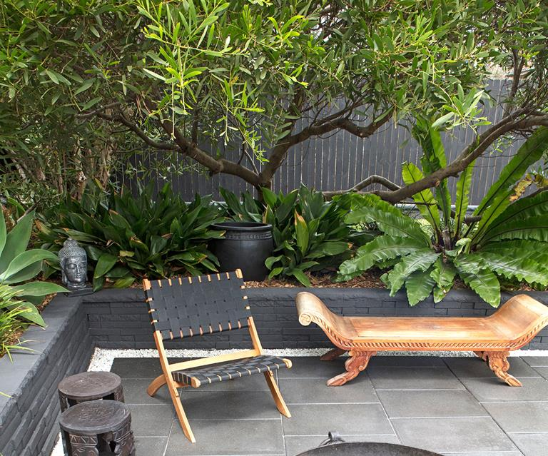 How To Create A Balinese Style Garden Homes To Love
