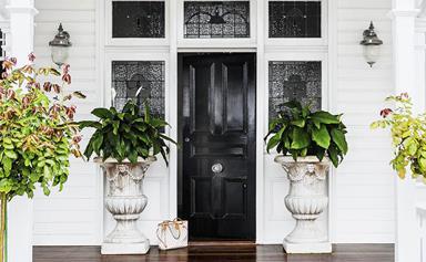 10 welcoming front door designs to inspire