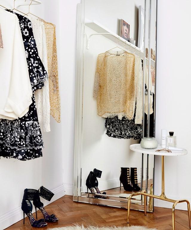 "[Follow our five steps to a minimalist wardrobe >](https://www.homestolove.com.au/minimalist-wardrobe-6493|target=""_blank"")"