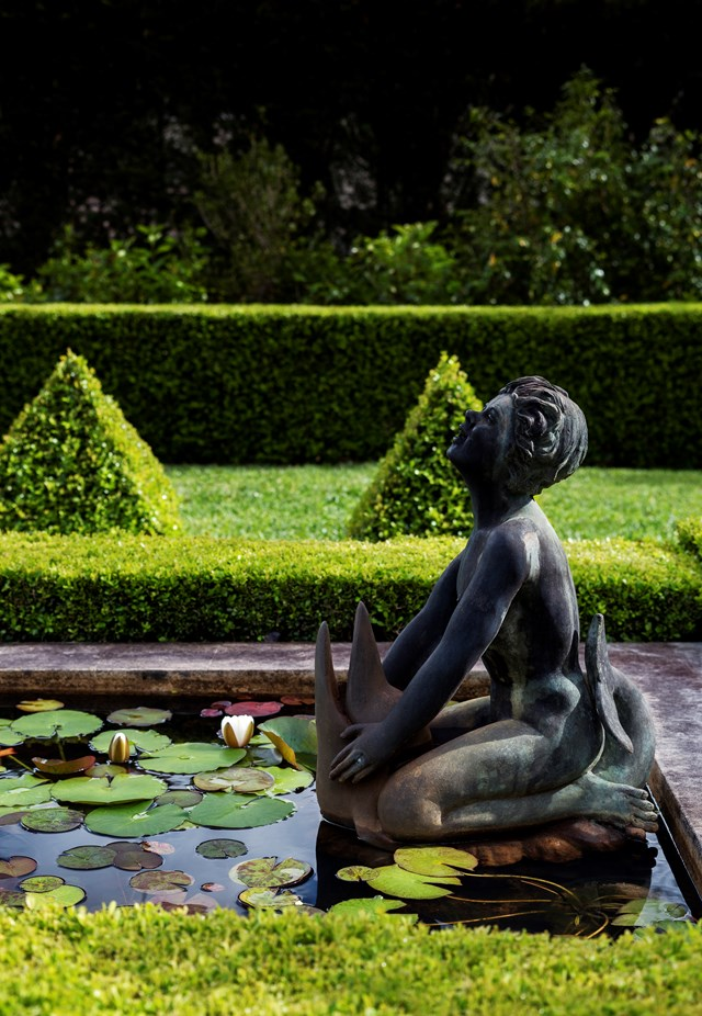 Ponds with water lilies are often a feature of formal gardens. *Photo: Nicholas Watt*