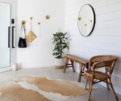 How to design a functional and stylish mudroom