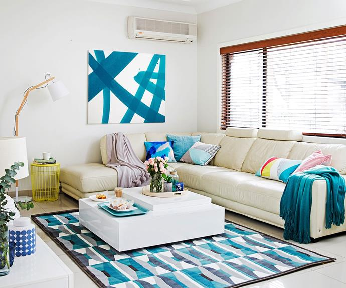 "[Shaynna's tips for choosing the right artwork](https://www.homestolove.com.au/shaynna-blazes-expert-tips-for-nailing-your-decor-3110|target=""_blank"") for your home. *Photo: James Henry*"