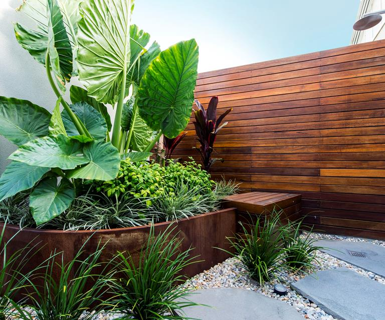 25 small garden design ideas | Australian House and Garden