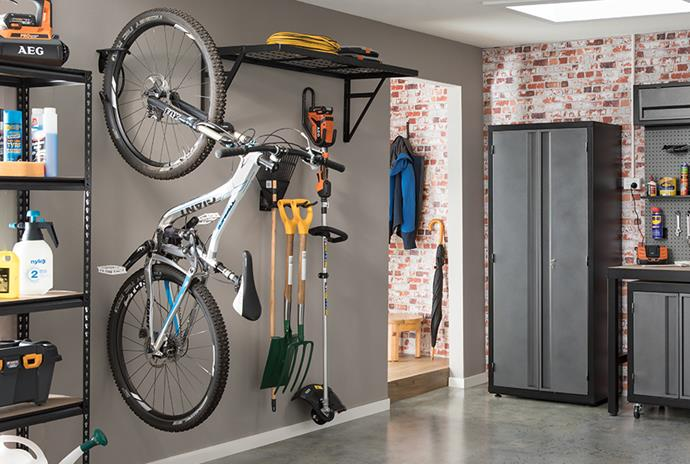 "[High shelving](https://www.bunnings.com.au/pinnacle-wall-mount-wire-shelf_p2760334|target=""_blank""